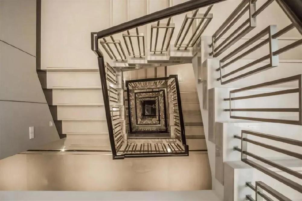 农村自建别墅楼梯的高级感从何而来?一起来看效果图