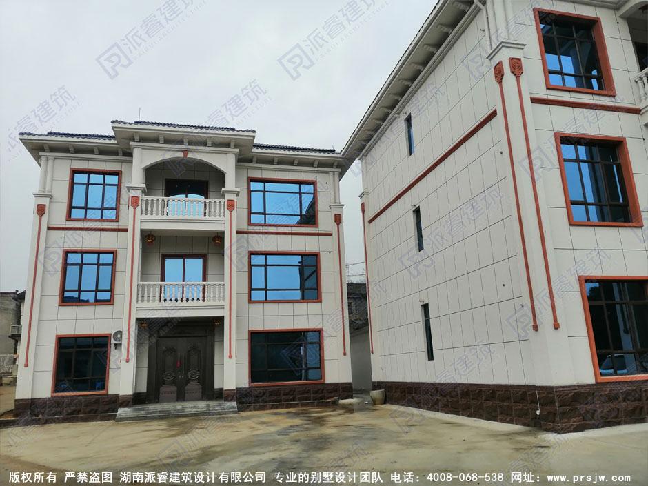 江西九江-三层双拼别墅设计效果图及户型图,占地125平共堂屋三开间